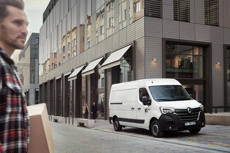 Approach_Retouch_London_Renault_Master_Vans_Trucks_012