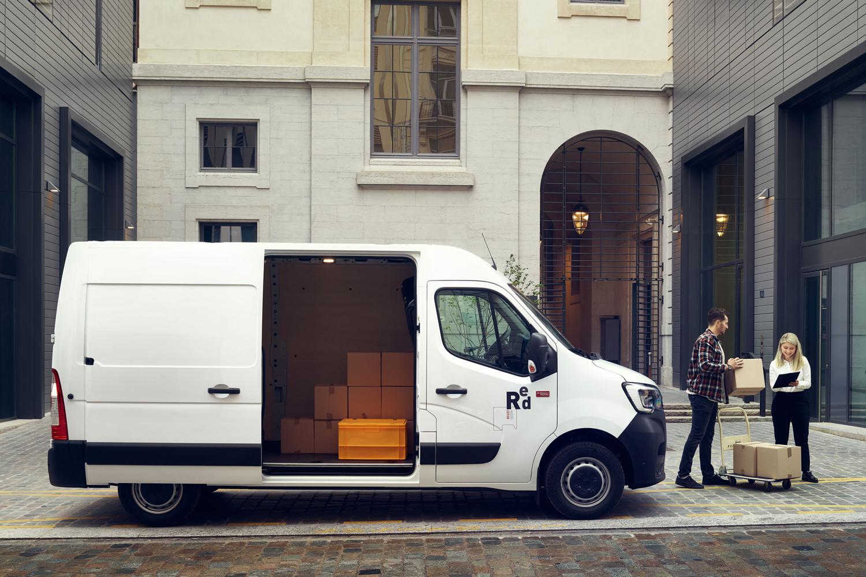 Approach_Retouch_London_Renault_Master_Vans_Trucks_017
